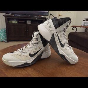 Nike HyperFuse size 11